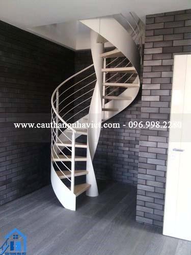 Cầu thang sắt đẹp MS4